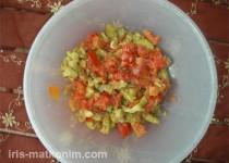 סלט עגבניות וחצילים