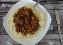 תבשיל בשר עם שעועית לבנה