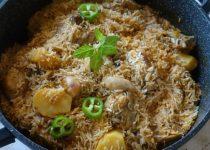 עוף עם אורז בסיר אחד בסגנון הודי